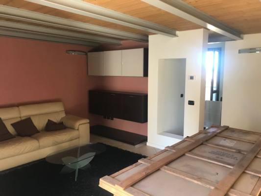 Affittasi appartamento a fano cerasa